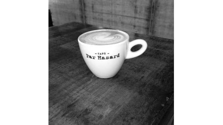 Cafe Par Hasard