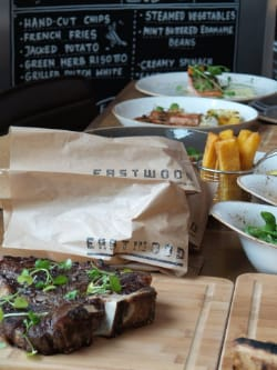 Restaurant Eastwood by Hilton Double Tree Hotel Amsterdam