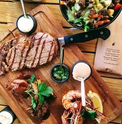 Cafe-carbon-westerstraat-restaurant-amsterdam-centrum-steak