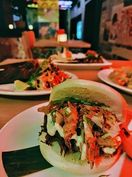 Hurryhurrygogo restaurant Amsterdam Centrum Singel bao