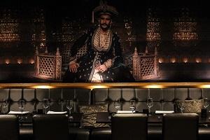 Restaurant Nawaab Indiaas restaurant Amsterdam Zuid Scheldestraat schilderij