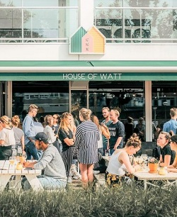 Restaurant-met-terras-in-Amsterdam-Oost-House-of-Watt-2