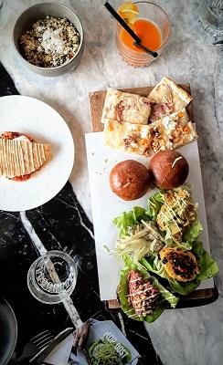 Bar Restaurant De Kop van Oost Amsterdam Oost Zeeburgerpad 2
