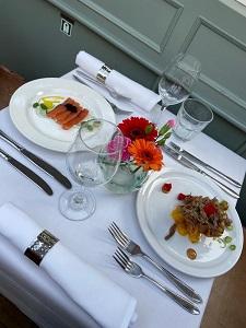 Luxury dinner cruise Amsterdam Boats tafel