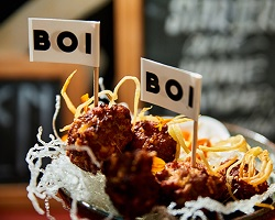 Eten afhalen en bezorgen in Amsterdam Oost Boi Boi