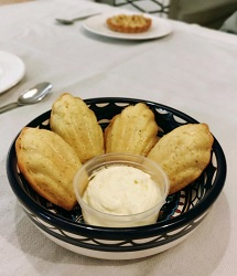 Jacobsz to go restaurant Amsterdam Oost madeleines