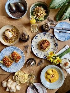 Paasbrunch paasdiner bestellen Amsterdam Restaurant Mama Makan