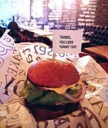 Restaurant Thrill Grill Amsterdam De Pijp West hamburgers eten bestellen