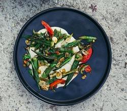 Recept okra met limabonenpuree NENI Amsterdam
