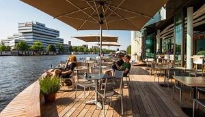 Ode aan de Amstel Restaurant Amsterdam oost terras